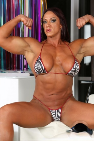 Muscle Granny Pics