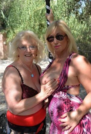 Non Nude Granny Pics