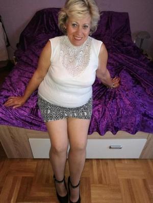 Granny Pantyhose Pics