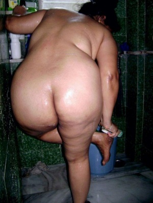 Granny In Shower Pics