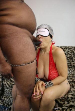 Blindfold Granny Pics