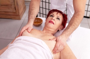 Granny Pussy Massage Pics