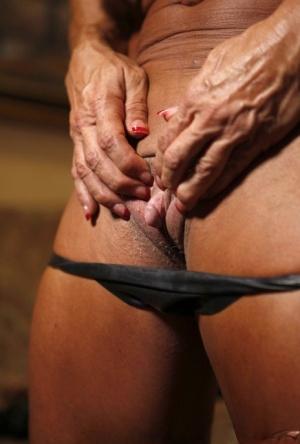 Sporty Granny Pics