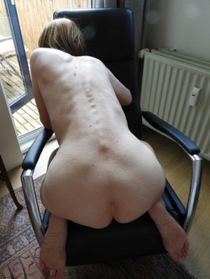 Skinny Granny Pussy Pics