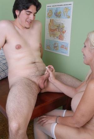 Granny Nurse Pics