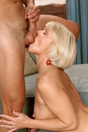 Granny Ball Licking Pics