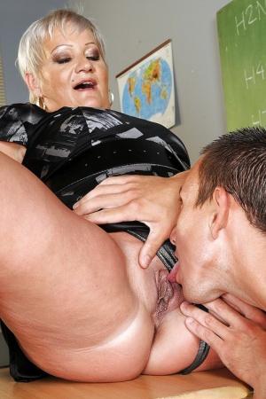 Granny Pussy Lick Pics